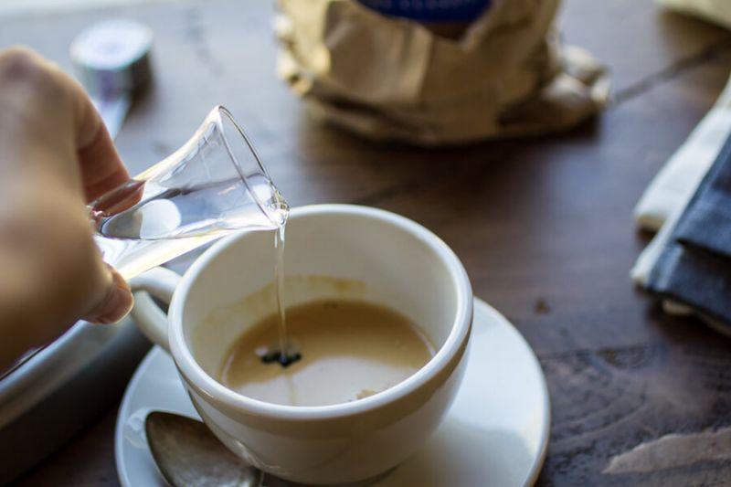 カフェ・コレットを造っているところ