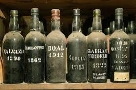 18世紀のマデイラのボトル