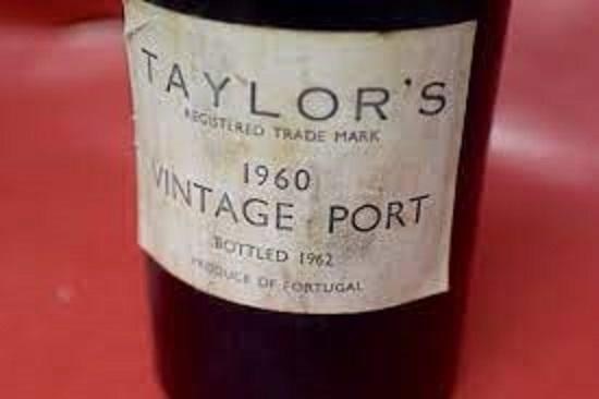 トウニーポートのボトル