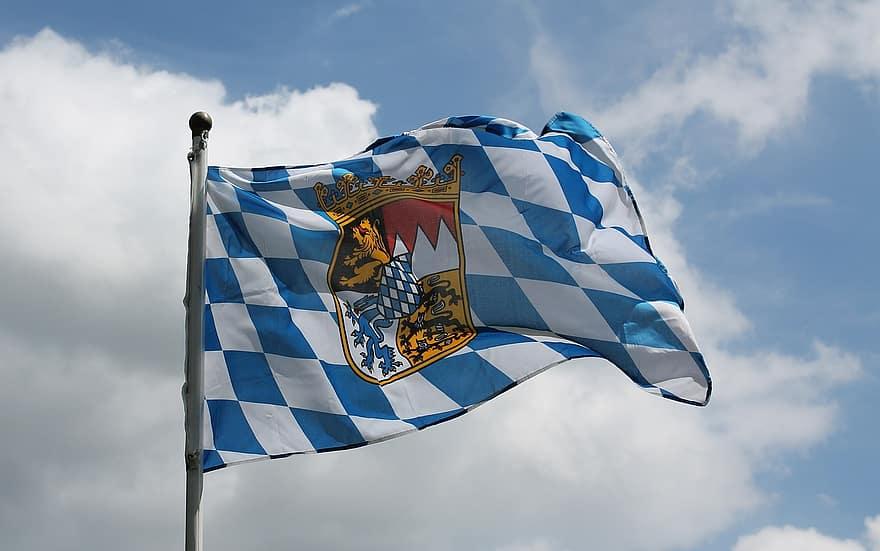バイエルン州の州の旗