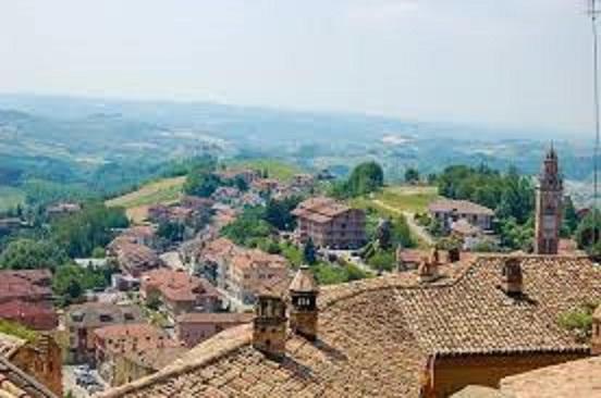 バローロの町の風景