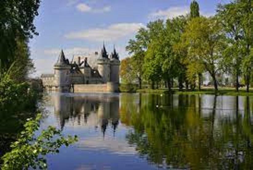 ロワール地方に点在する美しい古城